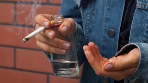 dipendenza droghe adolescenza - USO DI DROGHE IN ADOLESCENZA: EFFETTI NEGATIVI SUL CERVELLO